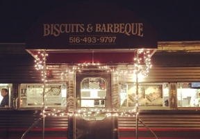 Long Island Blogger: Biscuits & Barbeque
