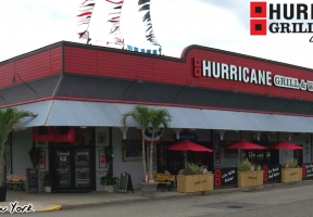 Long Island Blogger: Hurricane Grill & Wings Garden City