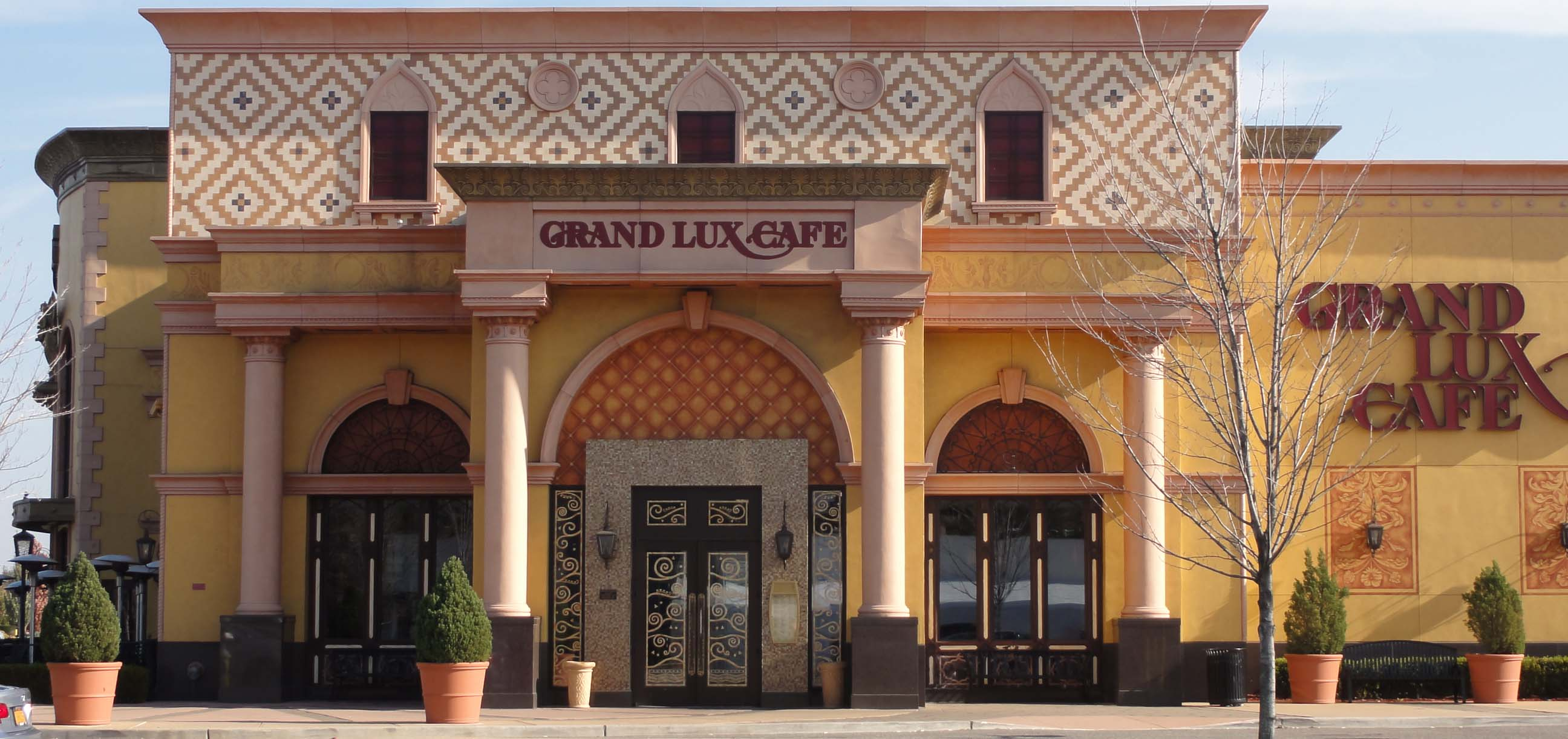 Grand Lux Cafe Garden City Ny
